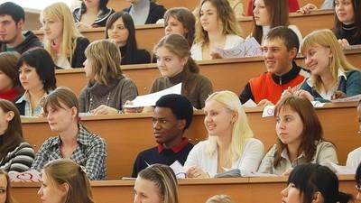 В Минобрнауки РФ выступили за увеличение квот для студентов-иностранцев