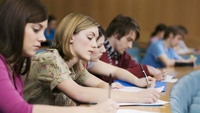 Минобрнауки РФ: размер стипендий будет зависеть от успеваемости студентов
