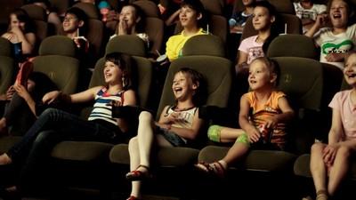 Госдума приняла закон об адаптации государственных фильмов для зрителей с проблемами слуха и зрения