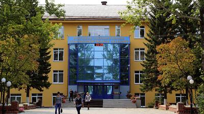 Рособрнадзор ввёл запрет на проведение приёмной компании в трёх вузах
