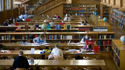 В РСС раскритиковали предложение по сокращению мест в аспирантуре