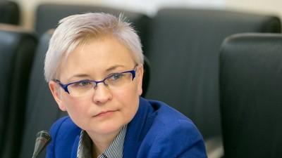 Сенатор Л. Бокова прокомментировала проект о запрете соцсетей для детей младше 14 лет