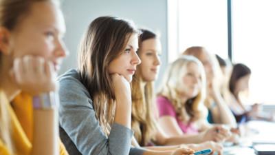 В Минобрнауки подготовили проект ускоренного получения высшего образования для молодых мам
