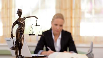 Развитие технологий может оставить юристов без работы через 10 лет