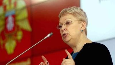 О. Васильева о начальной военной подготовке и ЕГЭ по истории