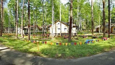 В России приостановили работу 13 несанкционированных летних лагерей
