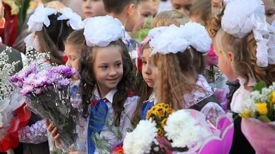 Минобразования РФ не поддержало предложение лидера ЛДПР о переносе начала учебного года на 1 октября