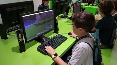 Московских школьников будут учить программированию и созданию игр
