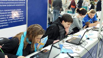 На российском рынке труда упал спрос на специалистов без опыта