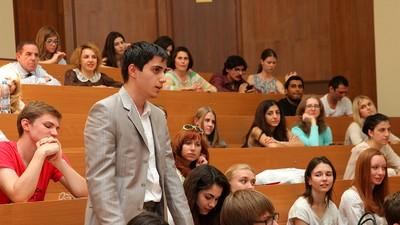 Рособрнадзор может допустить студентов к участию в аккредитации вузов