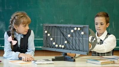 Старшеклассники всё меньше выбирают для изучения профильную физику