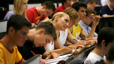 Минобразования РФ намерено провести эксперимент по апробации механизма финансового обеспечения академической мобильности студентов