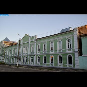 Средняя общеобразовательная школа № 1 им. А.С.Пушкина